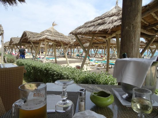 The Orangers Beach Resort & Bungalows : View from Beach Dining Area