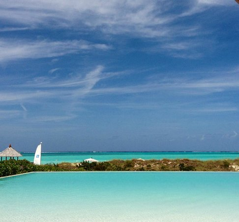 COMO Parrot Cay, Turks and Caicos: ocean view from boardwalk edge