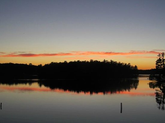 The Pointe Hotel & Suites: Sunset over Lake Minocqua