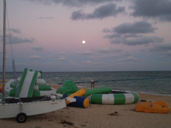 Haimurubushi: 13.07.22【はいむるぶし】夕暮れのビーチ②