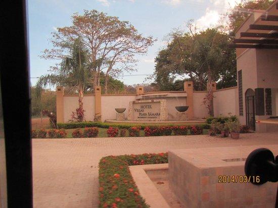 Hotel Villas Playa Samara: The entrance to the Resort