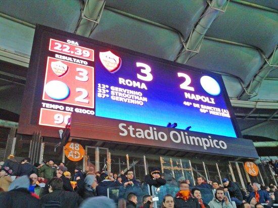 Stadio Olimpico: Placar da vitória dos Romanos sobre o rival Napoli