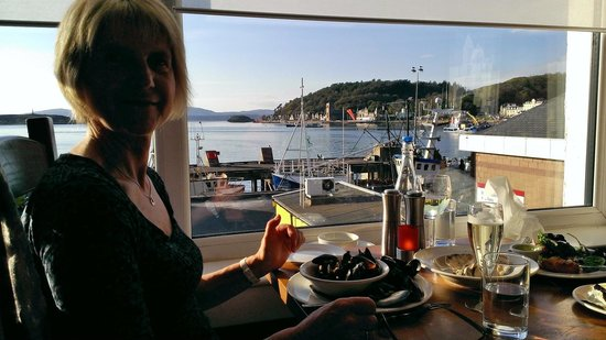 The Waterfront Fishouse Restaurant: Lovely evening in Oban