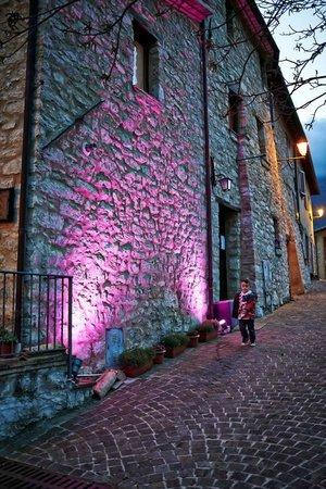 Locanda San Biagio: Gioco di luci