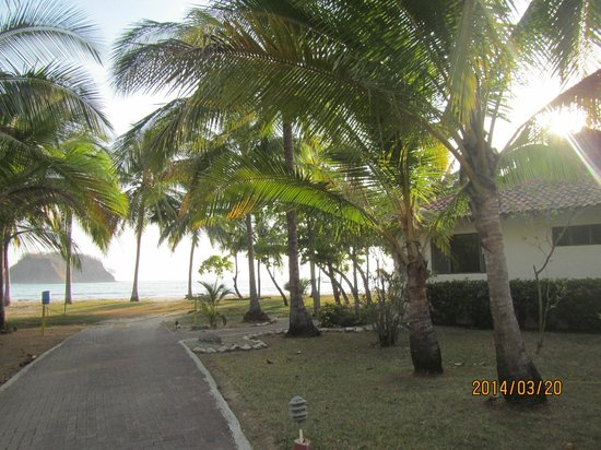 Hotel Villas Playa Samara: Walk to Samara Beach-still on the resort