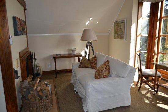 Glendeven Inn Mendocino: living area
