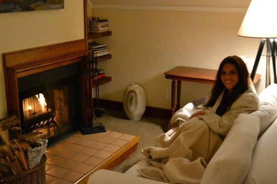 Glendeven Inn Mendocino : enjoying the fire