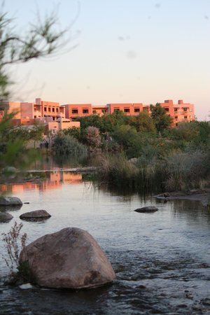 Sheraton Grand at Wild Horse Pass: view from the river