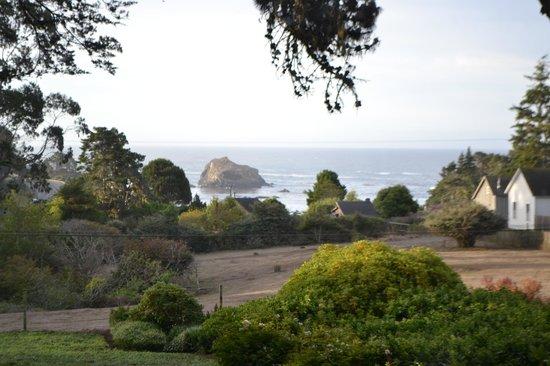 Glendeven Inn Mendocino : view of property