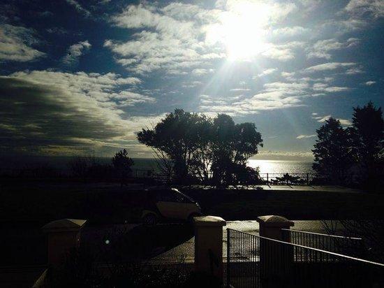 Carlton Hotel: Sea view