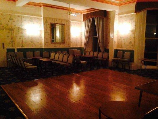 Carlton Hotel: Ballroom
