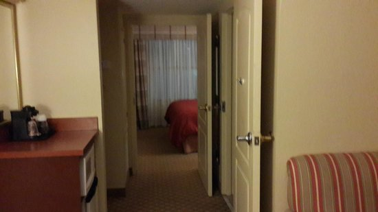Country Inn & Suites By Carlson, Orlando : two completely different rooms, very spacious