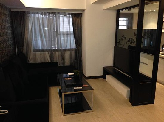 iTaipei Service Apartment : living room-1