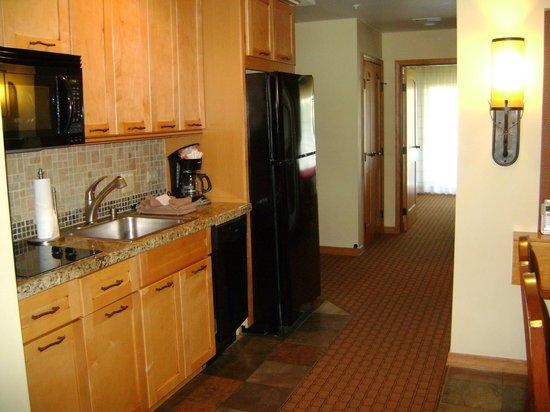 Lodges at Timber Ridge by Welk Resorts: Kitchen