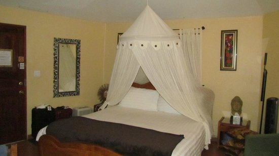 Boquete Garden Inn : well appointed room