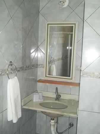 Guest House Cheiro De Vida: Banheiro