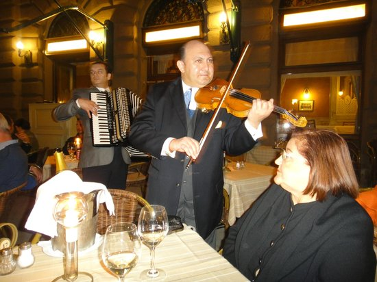 Dunacorso Restaurant : Musicos