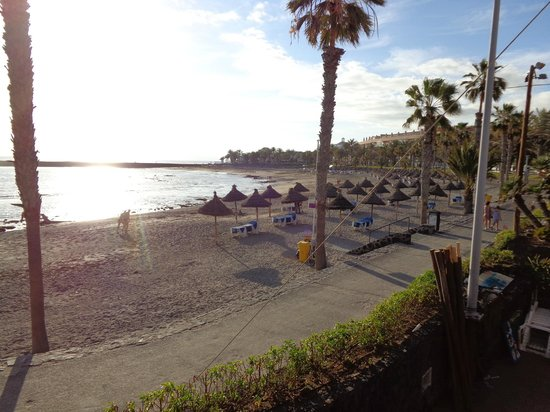 Mediterranean Palace Hotel: View from Hotel Beach Bar