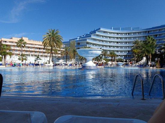 Mediterranean Palace Hotel: Swimming Pool