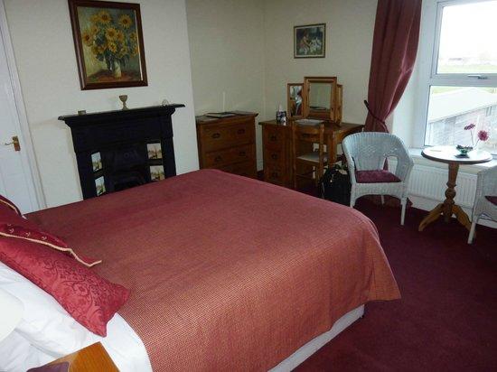 Cannards Grave Farmhouse : Double bedroom