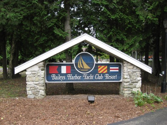 Baileys Harbor Yacht Club Resort: Welcome!