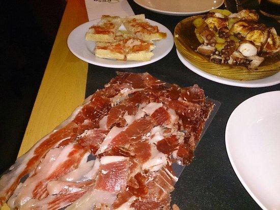 Taperia Ordesa: Jamón de bellota