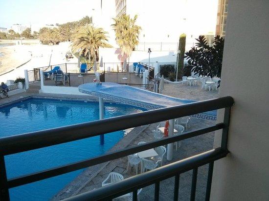 Hotel Playasol San Remo: Small Pool View
