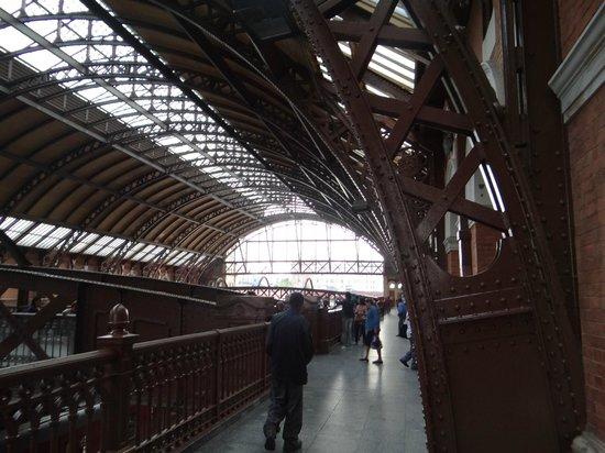 Pinacoteca del Estado: Estação da Luz