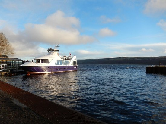Loch Ness by Jacobite: el barco