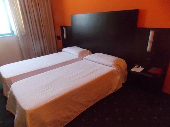 San Paolo Palace Hotel Centro Congressi: +