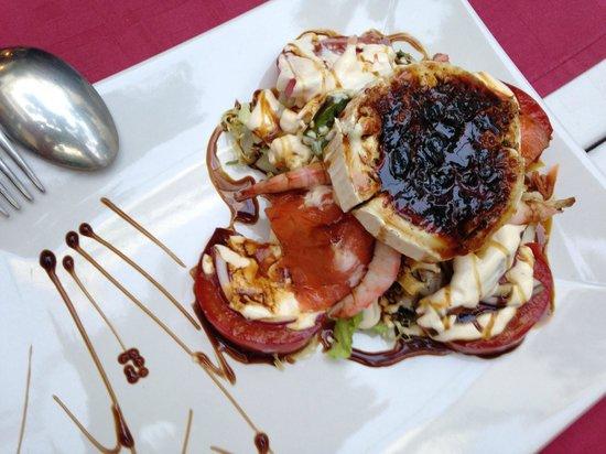 El Patio De Mariscal: Mariscal salad -- you MUST order this!