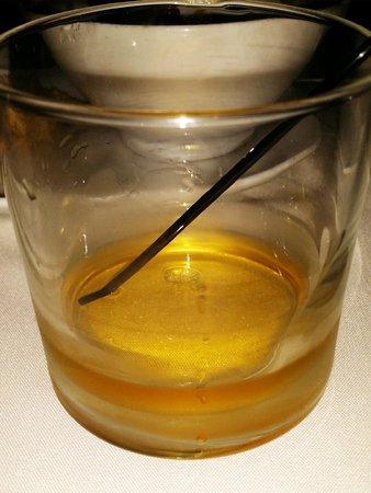 El Conquistador Resort, A Waldorf Astoria Resort : 1 drink of Black label