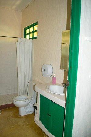 Hotel Villas Gaia : Bathroom