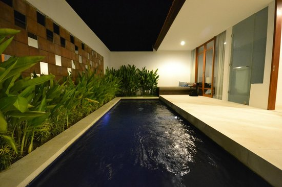 Smart Comfort: Your own private pool!!!!