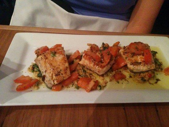 Restaurant Les Pyrenees : Salmon
