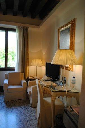 Hotel Palazzo Giovanelli: Superior Guest Room Bathroom