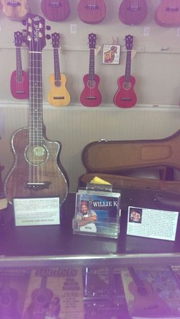 Kalaheo Music and Strings: Willie K Signature Ukulele