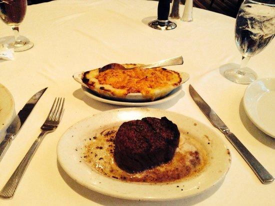 Ruth's Chris Steak House: Yum!