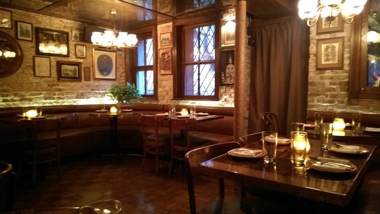 Uncle Boon's : Dinning Room