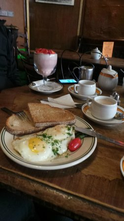 Caffe Reggio: The eggs are to die for