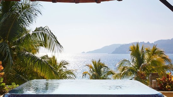 Villa del Sol Resort: Beautiful view from your private plunge pool