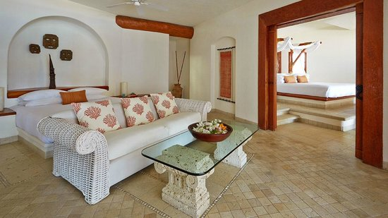 Viceroy Zihuatanejo: Two bedroom beach suite is the perfect retreat for a family getaway
