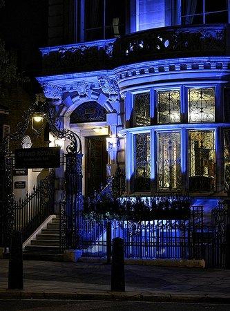 Grand Royale London Hyde Park: Hotel Exterior 3