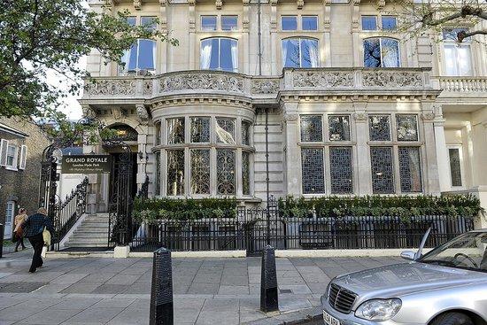 Grand Royale London Hyde Park: Hotel Exterior 2