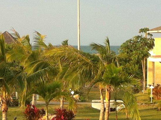 Paradisus Princesa del Mar Resort & Spa: little bit of ocean view from room