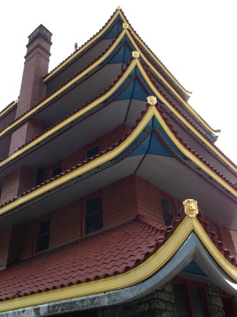 Pagoda: Roof Detail