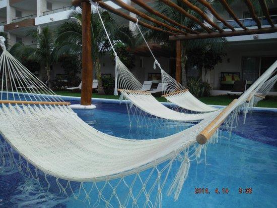 Excellence Playa Mujeres: Hammocks