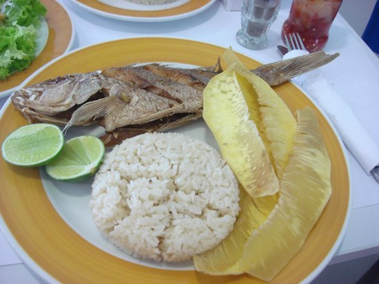 Restaurante Capitan Mandy : Pargo with rice and bread fruit