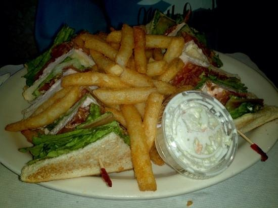 Chambersburg Diner: Turkey Club Sandwitch with coleslaw