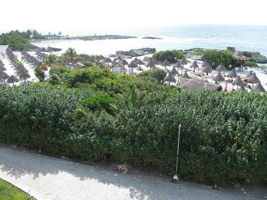 Grand Sirenis Riviera Maya Resort & Spa: North end of property